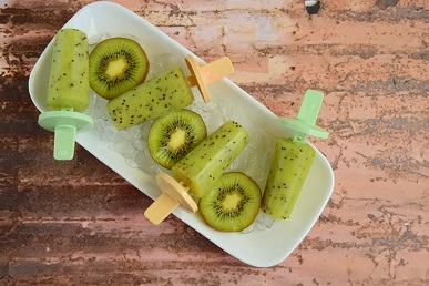 kiwi-melon teething pops