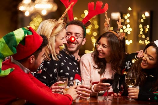 7 Holiday Tips to Brighten Your Smile
